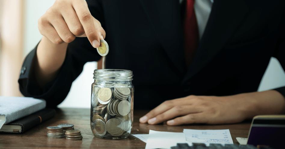 Como sair das dívidas? Veja 10 dicas simples e efetivas!
