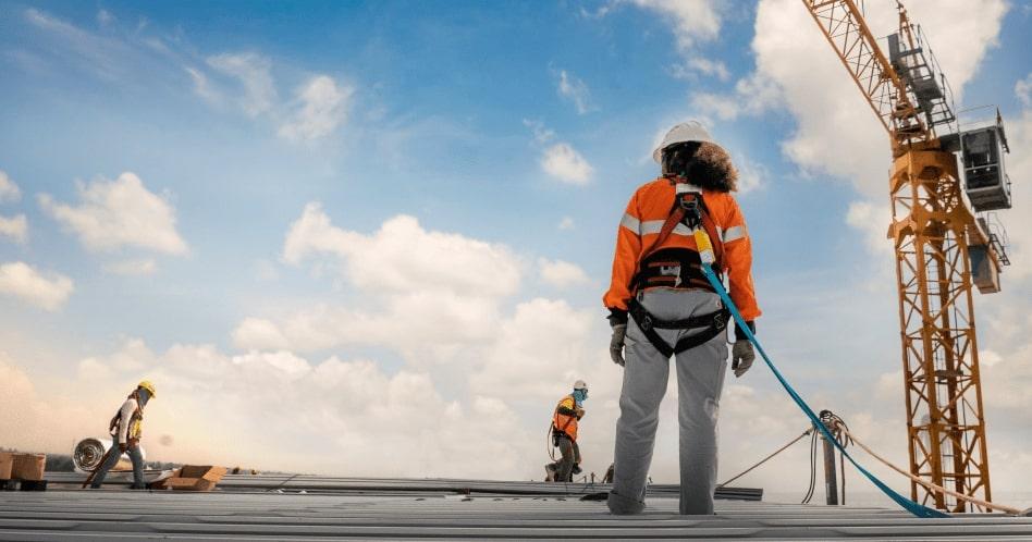 Engenharia de Segurança do Trabalho: o que é, o que faz e quanto ganha?