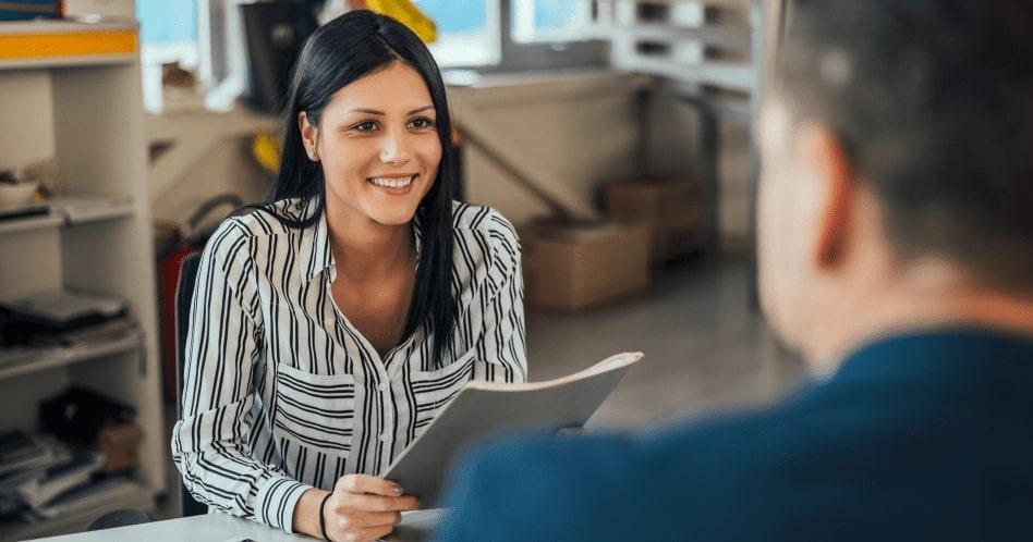 Descubra como falar sobre seus estudos em uma entrevista de emprego em inglês