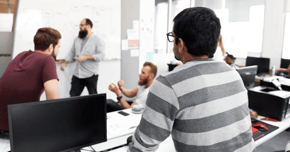 Por que investir na qualificação dos colaboradores?