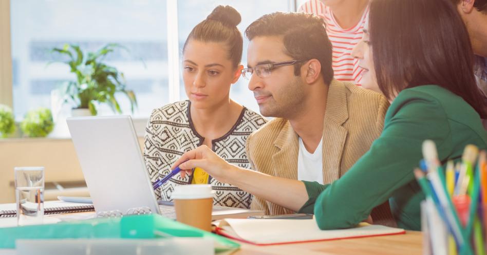 Como fazer um bom currículo que chame atenção dos recrutadores?