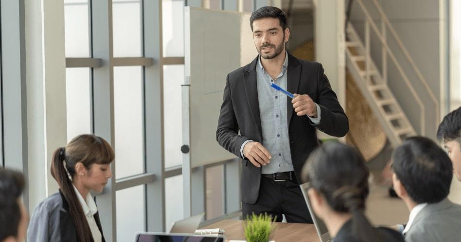 Os novos padrões de liderança: Harvard Business School