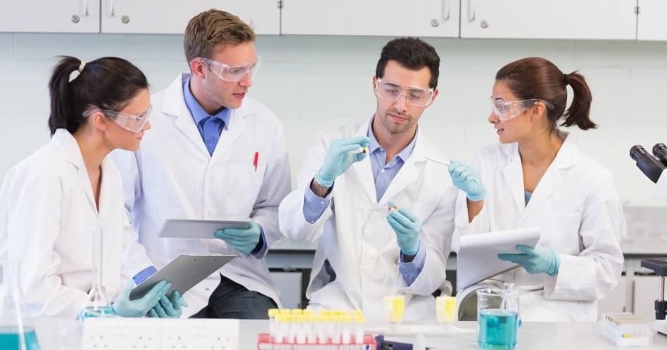 Engenharia Química: o que é, o que faz e quanto ganha?
