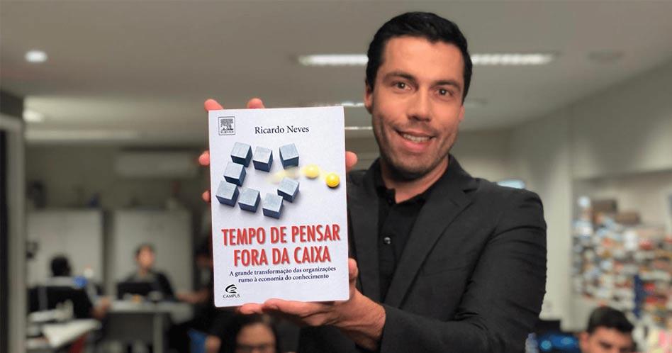 Tempo de Pensar Fora da Caixa - Ricardo Neves